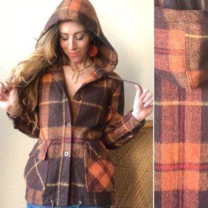 True Vintage 70s Retro Plaid Hooded Jacket!